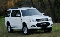 Ford Everest A or similar